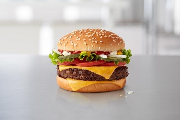 Fresh beef pub 2 col 1110x740 qp deluxe - McDonald's